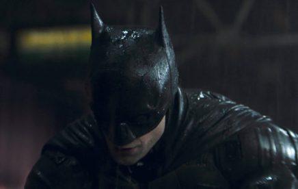 The_Batman_Trailer-696x442